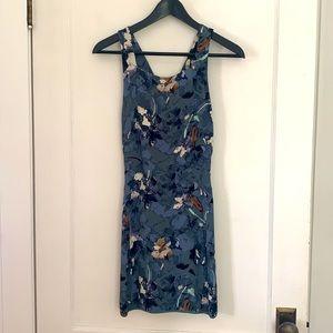 Aritzia Wilfred Blue Floral Racerback Dress